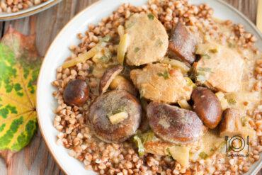 polędwiczki w sosie musztardowym z grzybami